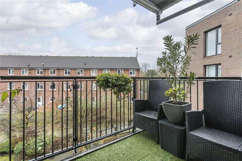 2 Bedrooms Flat for sale in Lynton Road,, London,, SE1