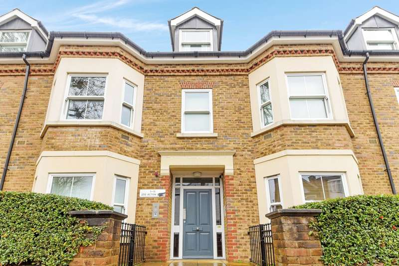 2 Bedrooms Flat for sale in 233 Acton Lane, London, W4