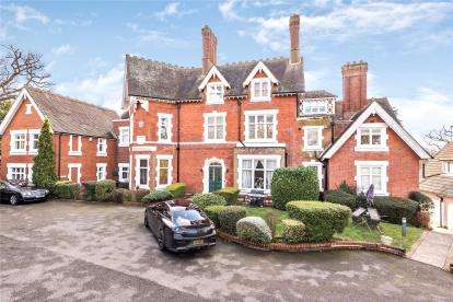 2 Bedrooms Flat for sale in Silverdale, 20 Church Road, Bromley