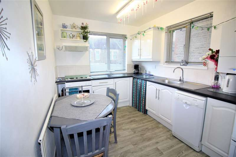 2 Bedrooms Flat for sale in Spruce Hills Road, Walthamstow, London