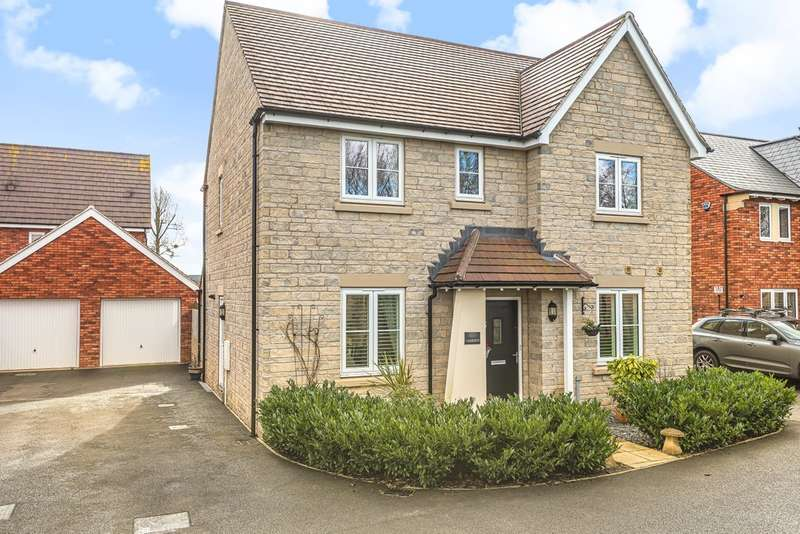 4 Bedrooms Detached House for sale in Stoke Orchard, Cheltenham