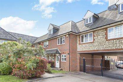 3 Bedrooms Mews House for sale in Asprey Mews, Beckenham