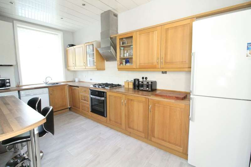 3 Bedrooms Terraced House for sale in Holme Street, Bacup, OL13