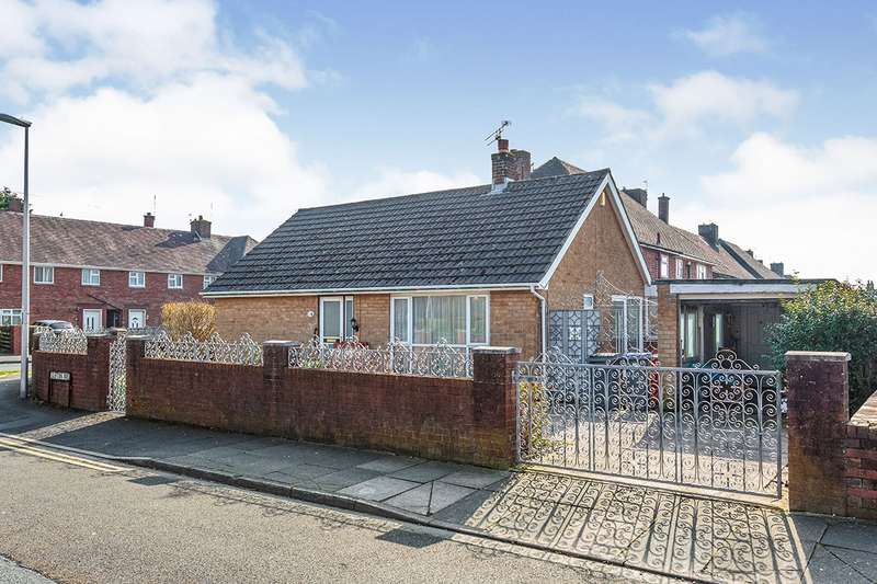 2 Bedrooms Detached Bungalow for sale in Clifton Avenue, Blackpool, Lancashire, FY4