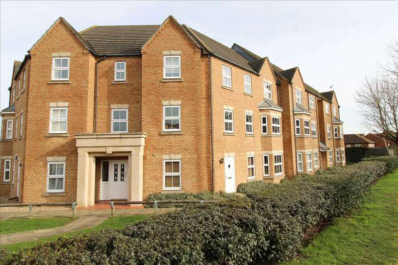 2 Bedrooms Apartment Flat for sale in Martin Court, Kemsley