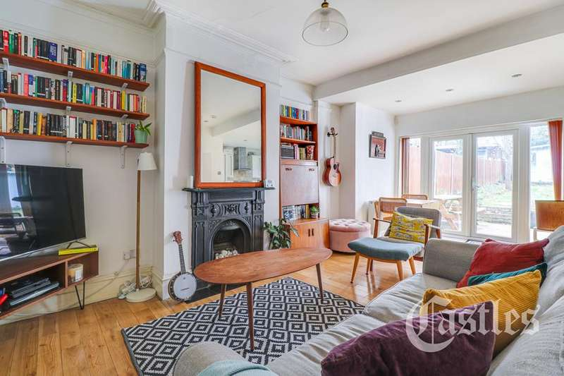1 Bedroom Flat for sale in Hoppers Road, Winchmore Hill, London, N21