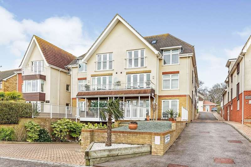 2 Bedrooms Flat for sale in Dumpton Park Drive, Broadstairs, CT10