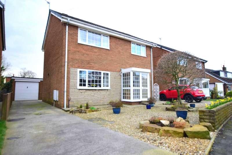 4 Bedrooms Detached House for sale in Wordsworth Avenue, Warton, PR4 1EA
