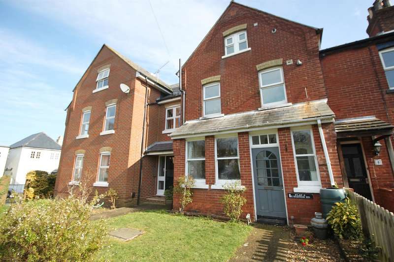 1 Bedroom Ground Flat for sale in Station Road, Netley Abbey, Southampton, SO31 5DT