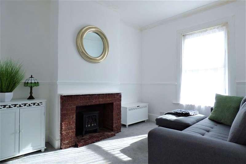 1 Bedroom Maisonette Flat for sale in Milton Road, Swanscombe, Kent, DA10 0LY