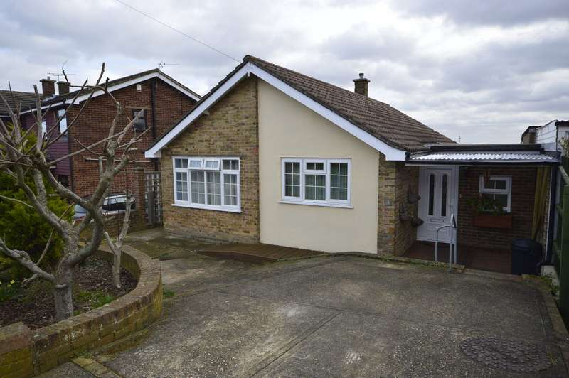 3 Bedrooms Bungalow for sale in Vidgeon Avenue, Hoo, Rochester, Kent, ME3