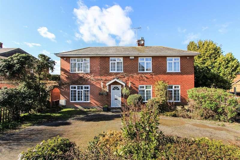 4 Bedrooms Detached House for sale in Bullockstone Road, Herne, Herne Bay