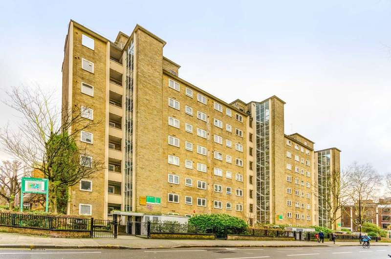 2 Bedrooms Flat for sale in Percival Street, Clerkenwell, EC1V