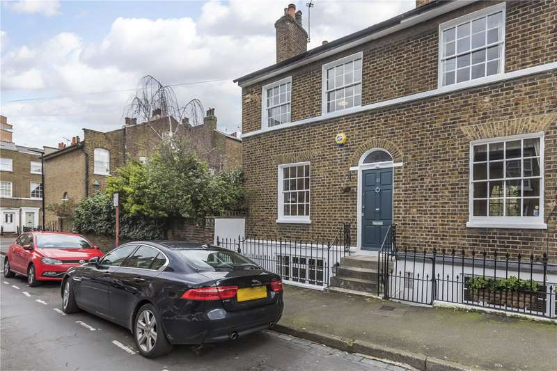 3 Bedrooms Mews House for sale in Prior Street, London, SE10
