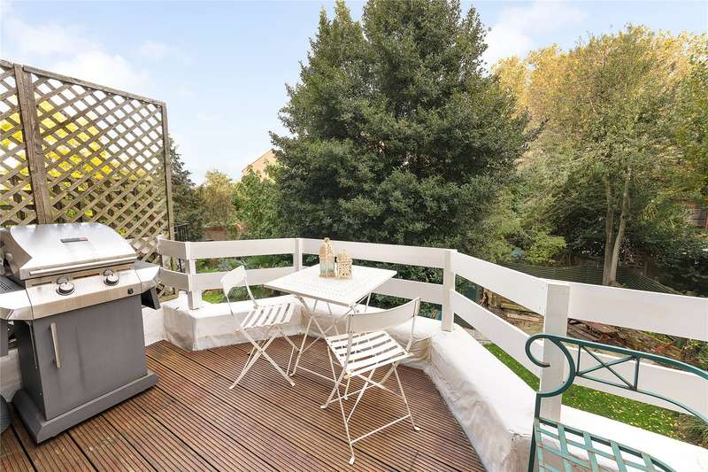 2 Bedrooms Flat for sale in St. Quintin Avenue, London, W10