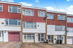4 Bedrooms Terraced House for sale in Artemis Close, Gravesend, Kent, England