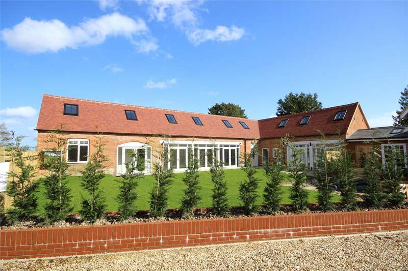 5 Bedrooms Semi Detached House for sale in Froyle House, Upper Froyle, Alton, Hampshire, GU34