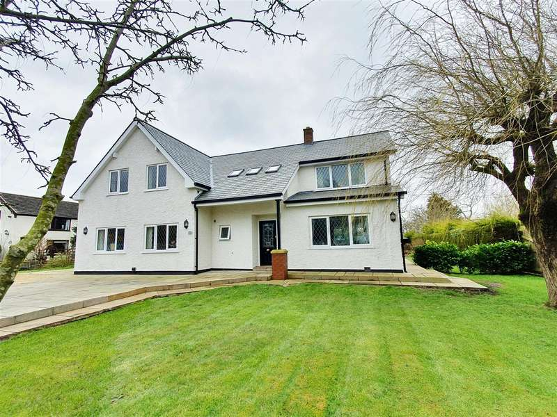 4 Bedrooms Detached House for sale in Lytham Road, Moss Side, Lytham