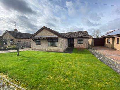 3 Bedrooms Bungalow for sale in Northcroft, Lincoln, Lincolnshire