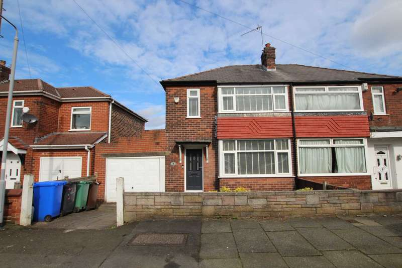 3 Bedrooms Semi Detached House for sale in Woodward Road, Prestwich