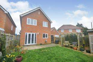 3 Bedrooms Detached House for sale in Jesson Close, St Mary's Bay, Romney Marsh, Kent