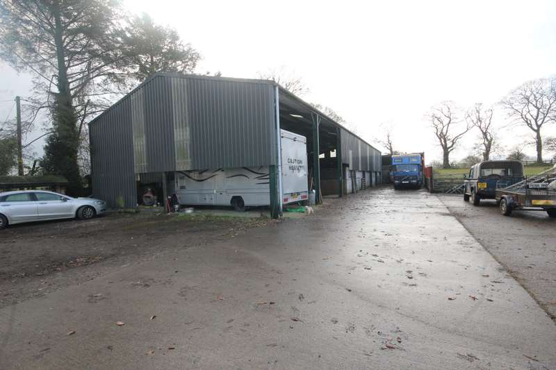 Shop Commercial for rent in Waen Isa, Holywell