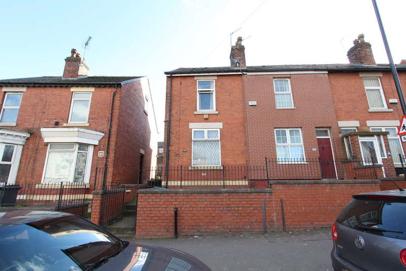 3 Bedrooms End Of Terrace House for sale in Main Road, Darnall