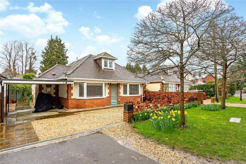 4 Bedrooms Detached House for sale in Finches Lane, Twyford, Winchester, Hampshire, SO21