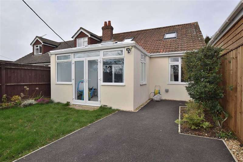 4 Bedrooms Semi Detached House for sale in New Milton