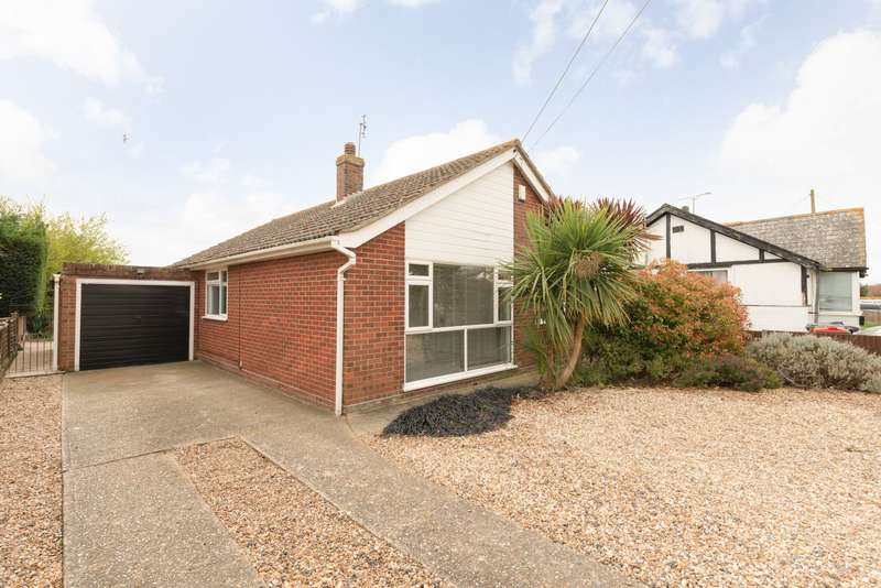 3 Bedrooms Bungalow for sale in Kimberley Grove, Whitstable, CT5