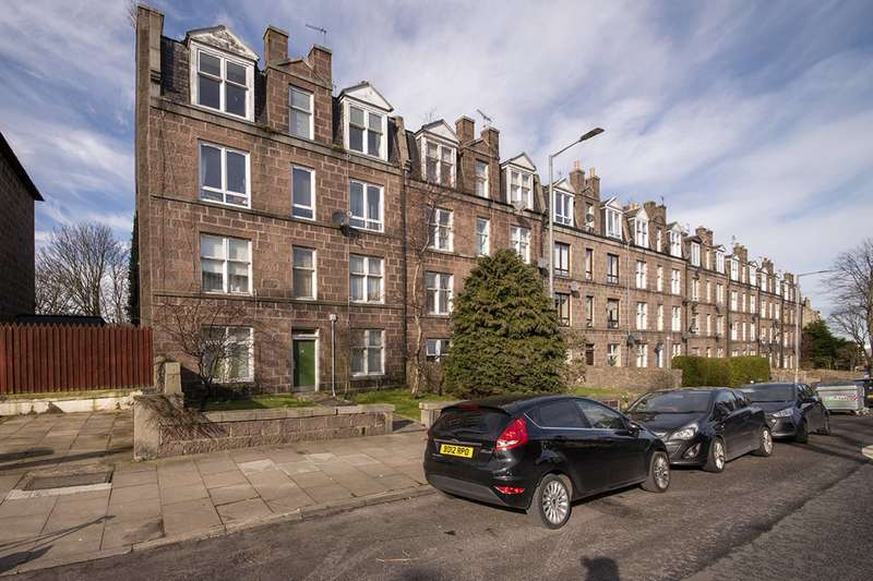 Studio Flat for sale in Grampian Road, Aberdeen, AB11 8DY