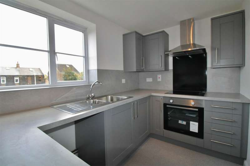 2 Bedrooms Flat for sale in Ironstone Crescent, Chapeltown, SHEFFIELD, South Yorkshire