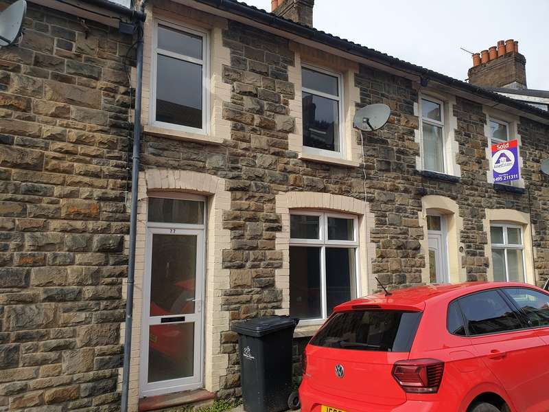 2 Bedrooms Terraced House for sale in Richmond Road, Six Bells, Abertillery, NP13