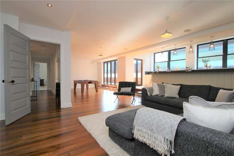 2 Bedrooms Penthouse Flat for sale in Hindmarsh Lofts, 25 Kings Road, Reading, Berkshire, RG1
