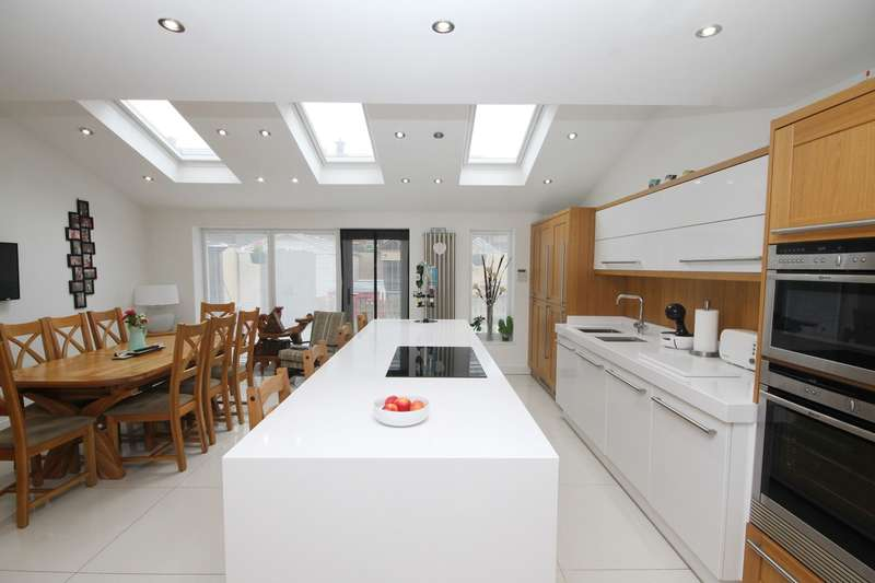 3 Bedrooms Detached House for sale in Common Road, Newton-le-Willows, WA12