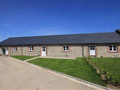 3 Bedrooms Barn Conversion Character Property for sale in Ty Hir, Great Frampton House, Frampton