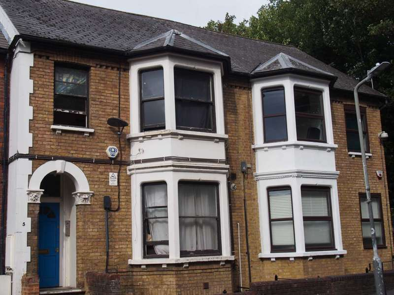 1 Bedroom Flat for rent in Priory Road, High Wycombe