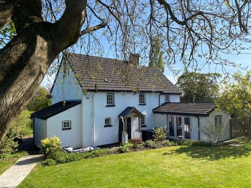 4 Bedrooms Property for sale in Caerleon Road Llanfrechfa, Cwmbran