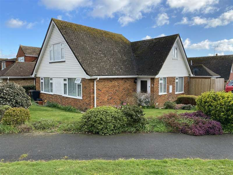 4 Bedrooms Detached Bungalow for sale in Alfriston Close, Bexhill-On-Sea