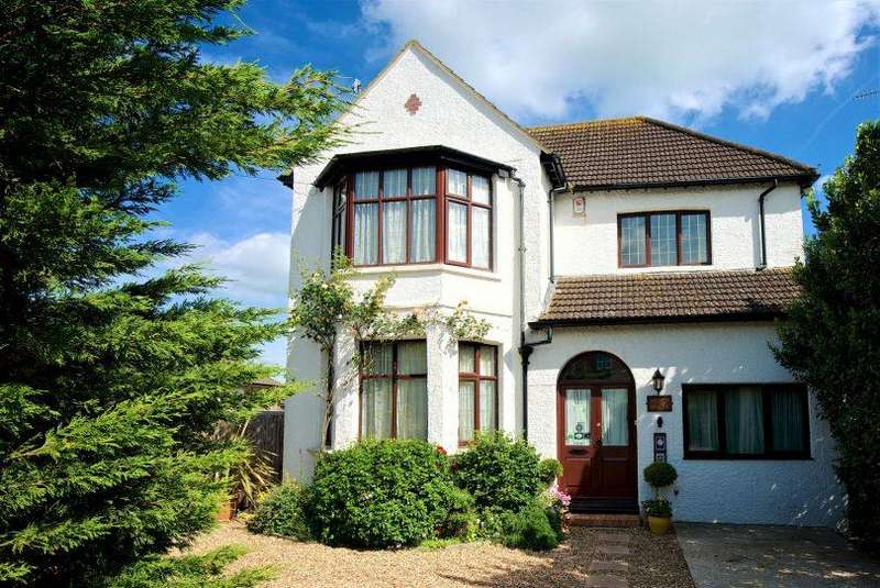5 Bedrooms Detached House for sale in Manor Road, Bexhill-On-Sea
