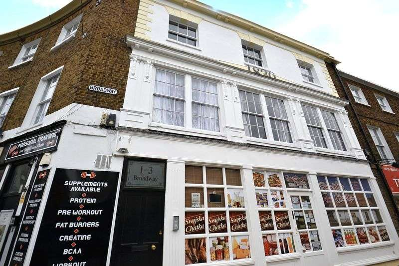 1 Bedroom Property for sale in High Street, Sheerness