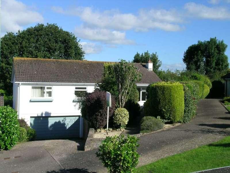 3 Bedrooms Detached Bungalow for sale in Burnards Close, Colyton, Devon