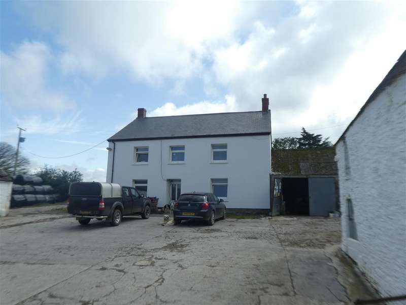 4 Bedrooms Property for sale in Near Talgarreg, Llandysul