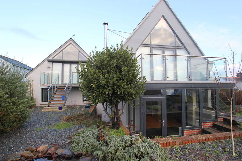 3 Bedrooms Detached House for sale in Pilgrim House, Cargreen, Saltash, Cornwall, PL12 6PA