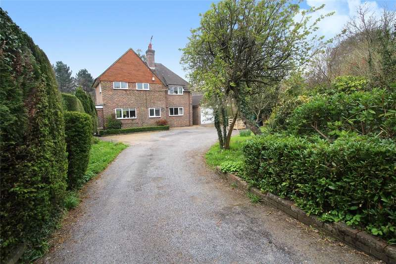 3 Bedrooms Detached House for sale in Priory Road, Forest Row, RH18