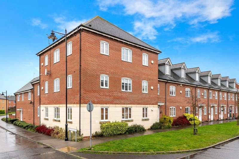 2 Bedrooms Flat for sale in The Pollards, Bourne, Lincolnshire, PE10