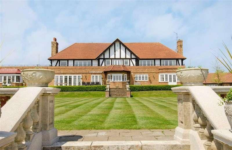 6 Bedrooms Detached House for sale in West End Lane, Essendon, Hertfordshire
