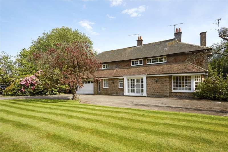 5 Bedrooms Detached House for sale in Guildford Road, Normandy, Guildford, Surrey, GU3