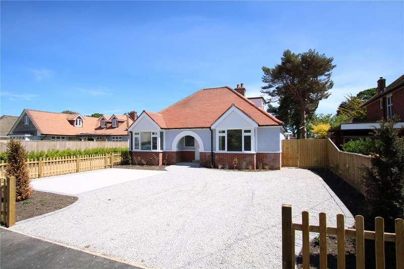 3 Bedrooms Detached Bungalow for sale in Uplands Avenue, Barton on Sea, New Milton, Hampshire, BH25