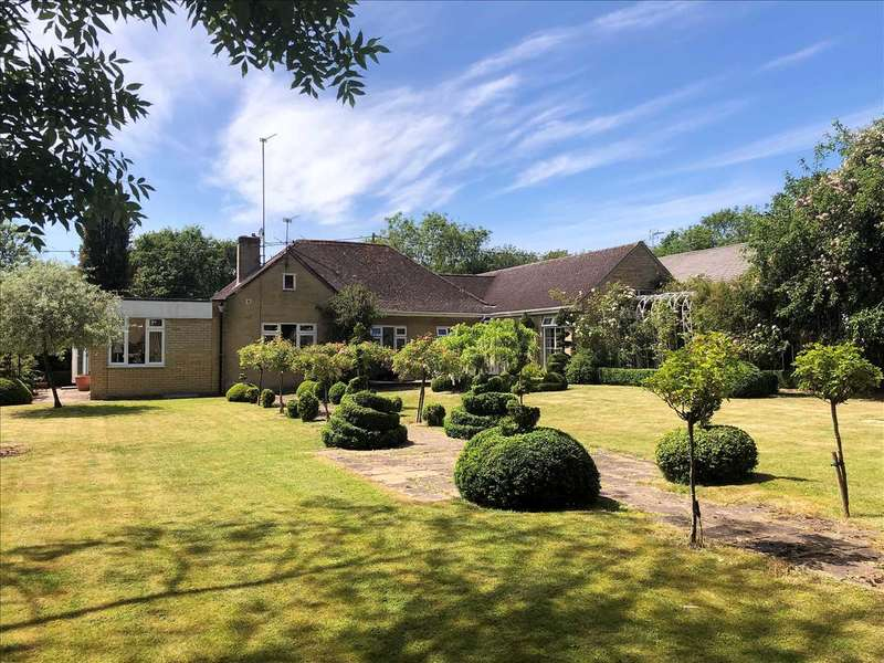 4 Bedrooms Detached House for sale in Bylands, Bloswood Lane, Whitchurch